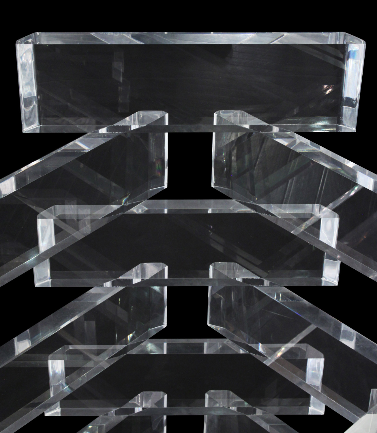 70's 95 stacked lucite blks+glass diningtable146 detail4 hires.jpg