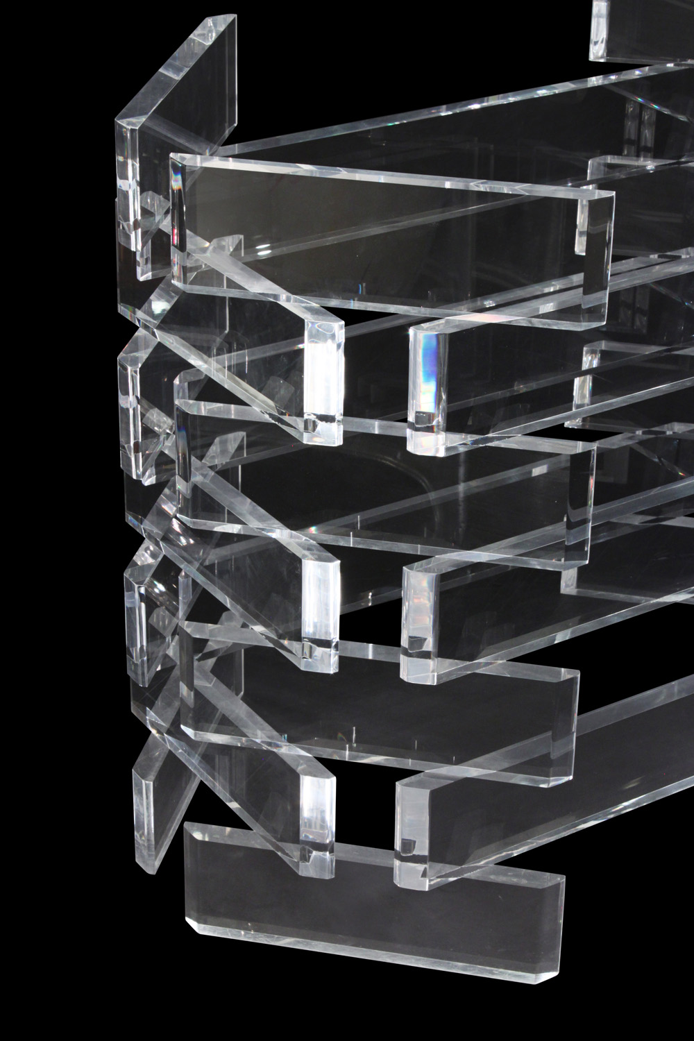70's 95 stacked lucite blks+glass diningtable146 detail3 hires.jpg