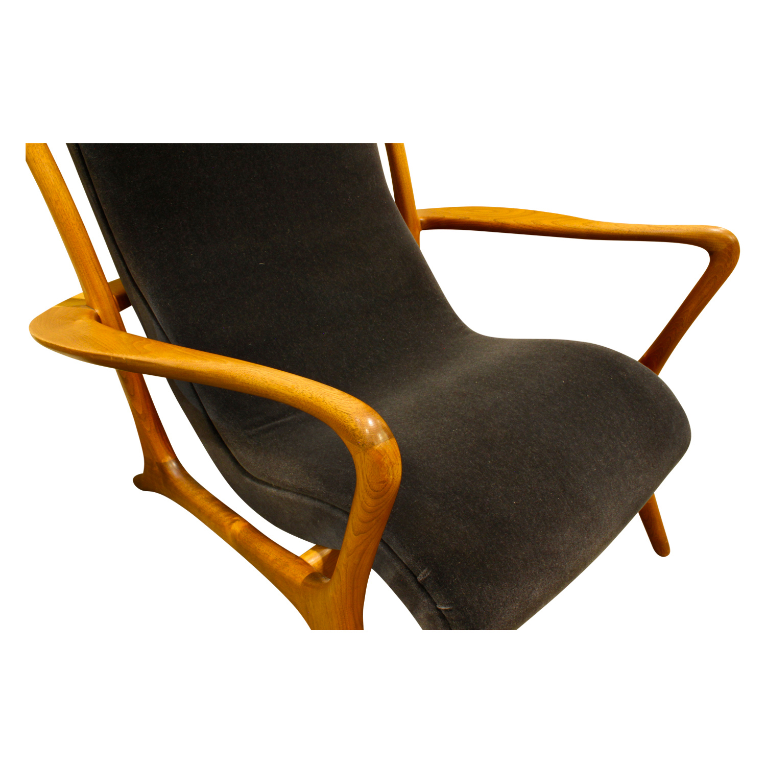 Kagan 150 Contoured walnut loungechair99 dtl2.JPG