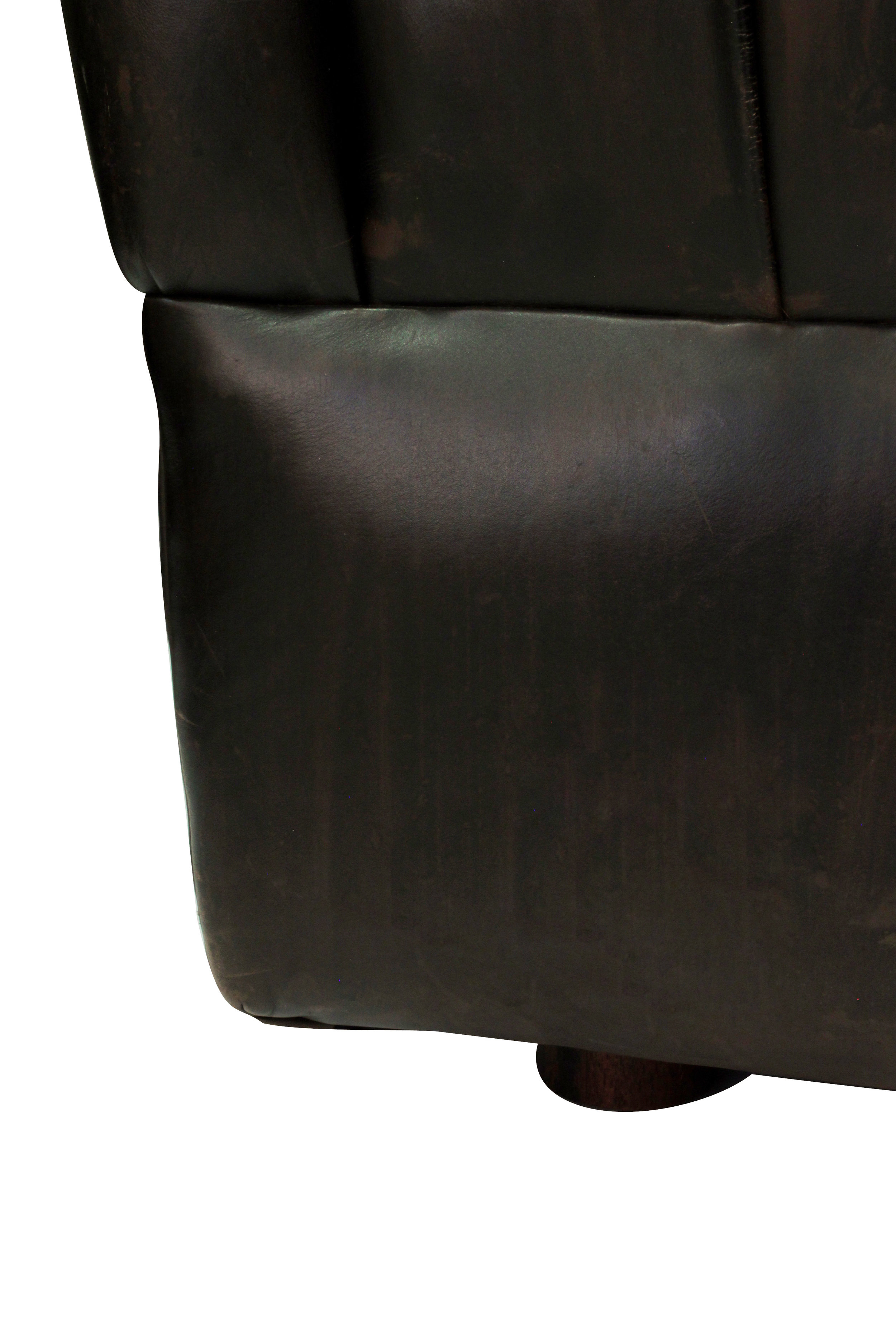 Bennett 85 tufted drk brown sofa82 detail5 hires.JPG