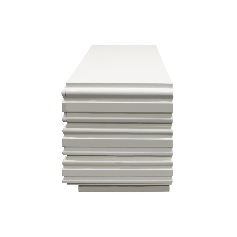 70s 65 white sculpted lucitepulls nightstands111 sde.JPG