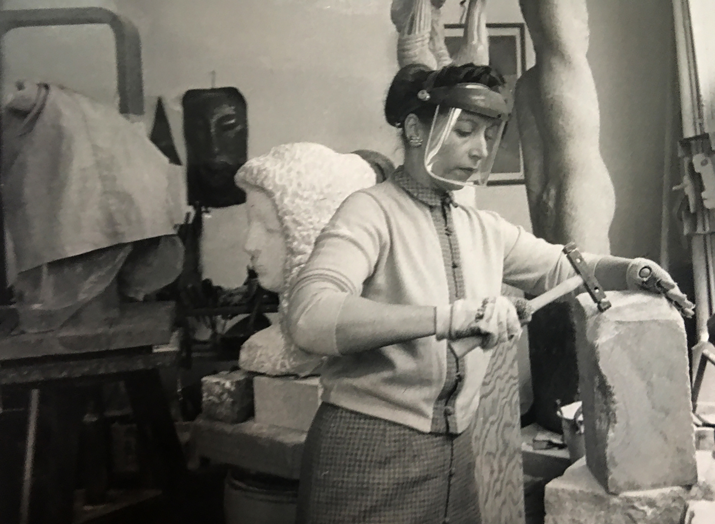 Naomi Feinberg sculpting in her studio