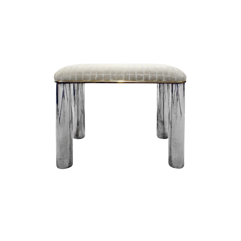 Springer 55 round stainless legs bench140 frnt.jpg