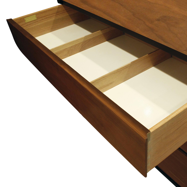Dunbar 120 pr chests teak+mahg nightstands119 dtl drwrs.jpg