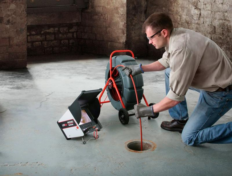 plumber-sewer-drain-cleaning-service.jpg
