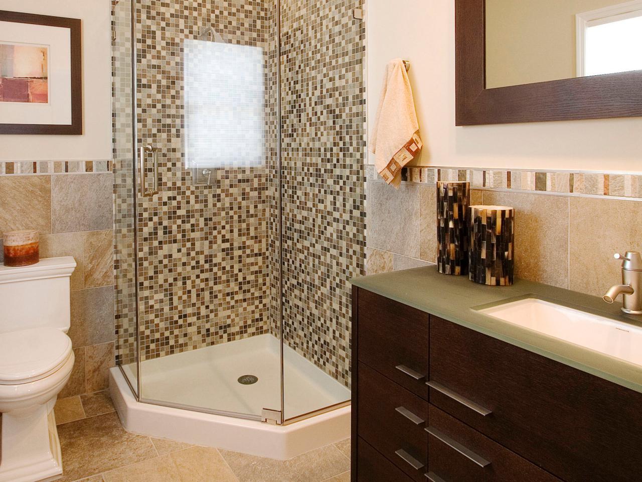 SP0022_RX-small-shower-bath_s3x4.jpg.rend.hgtvcom.1280.960.jpeg