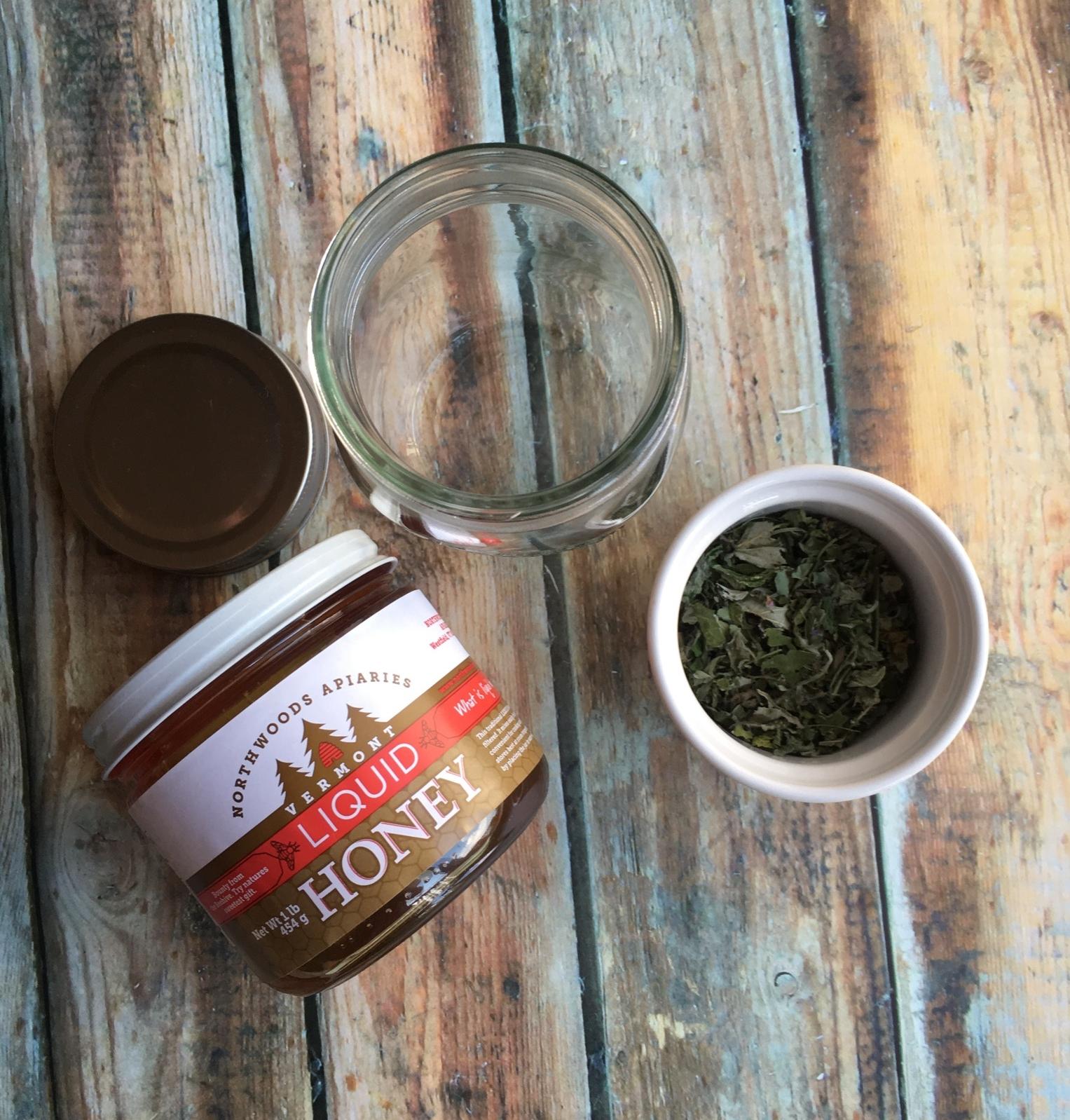 Earl of Vermont Herbal Tea or Tisane Loose Leaf Tea Mint tea cold brew iced tea