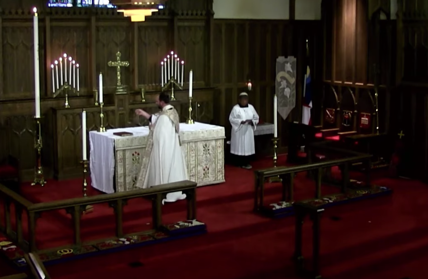 Censing the Altar at the Magnificat.png