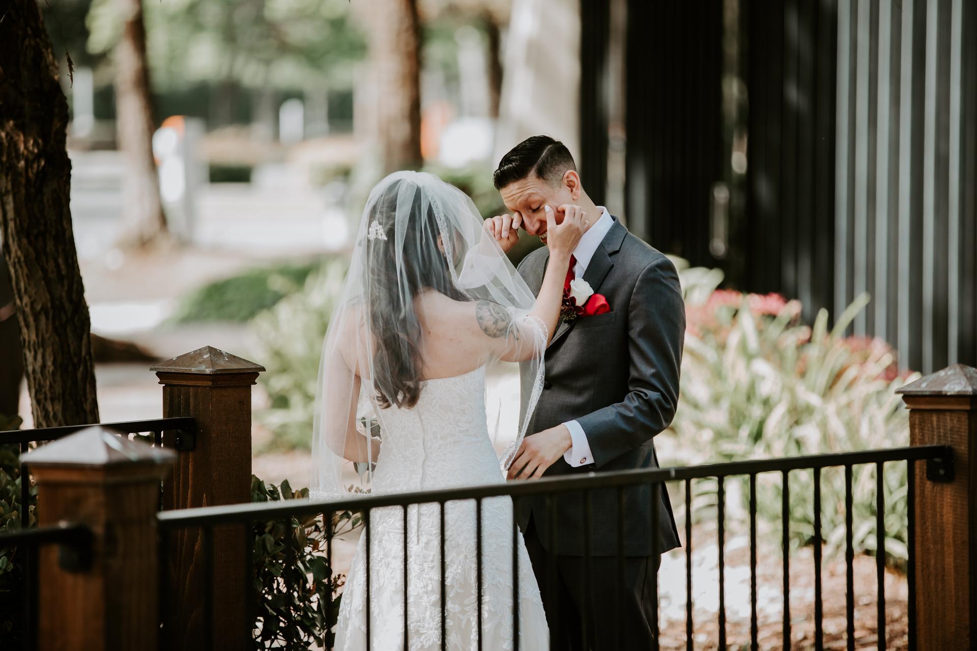 Deliz_Cisco_Wedding-52.jpg