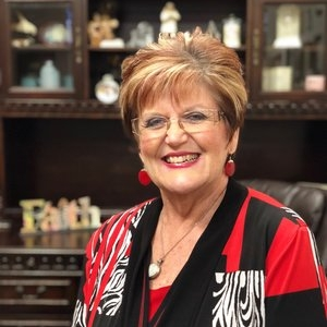 Dr. Debbie Rich-Rester, Dean