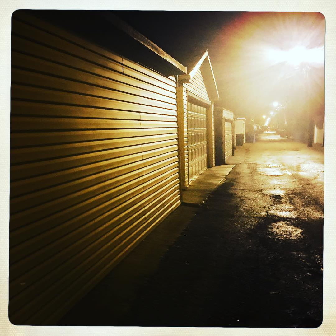 Day 21: alley.