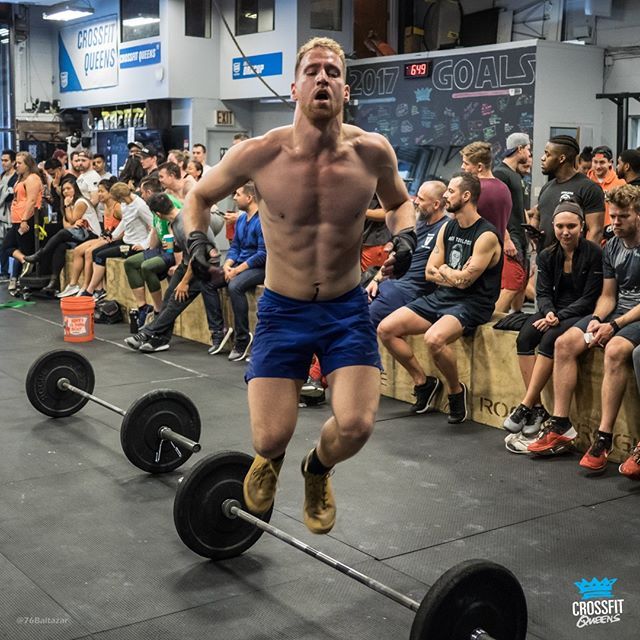 Today is the LAST DAY to register for our third event at CrossFit Queens! Find yourself a teammate and head over to http://www.thenycsubwayseries.com to jump on one of the final spots before we shut this thing down at midnight! ⏰🏃