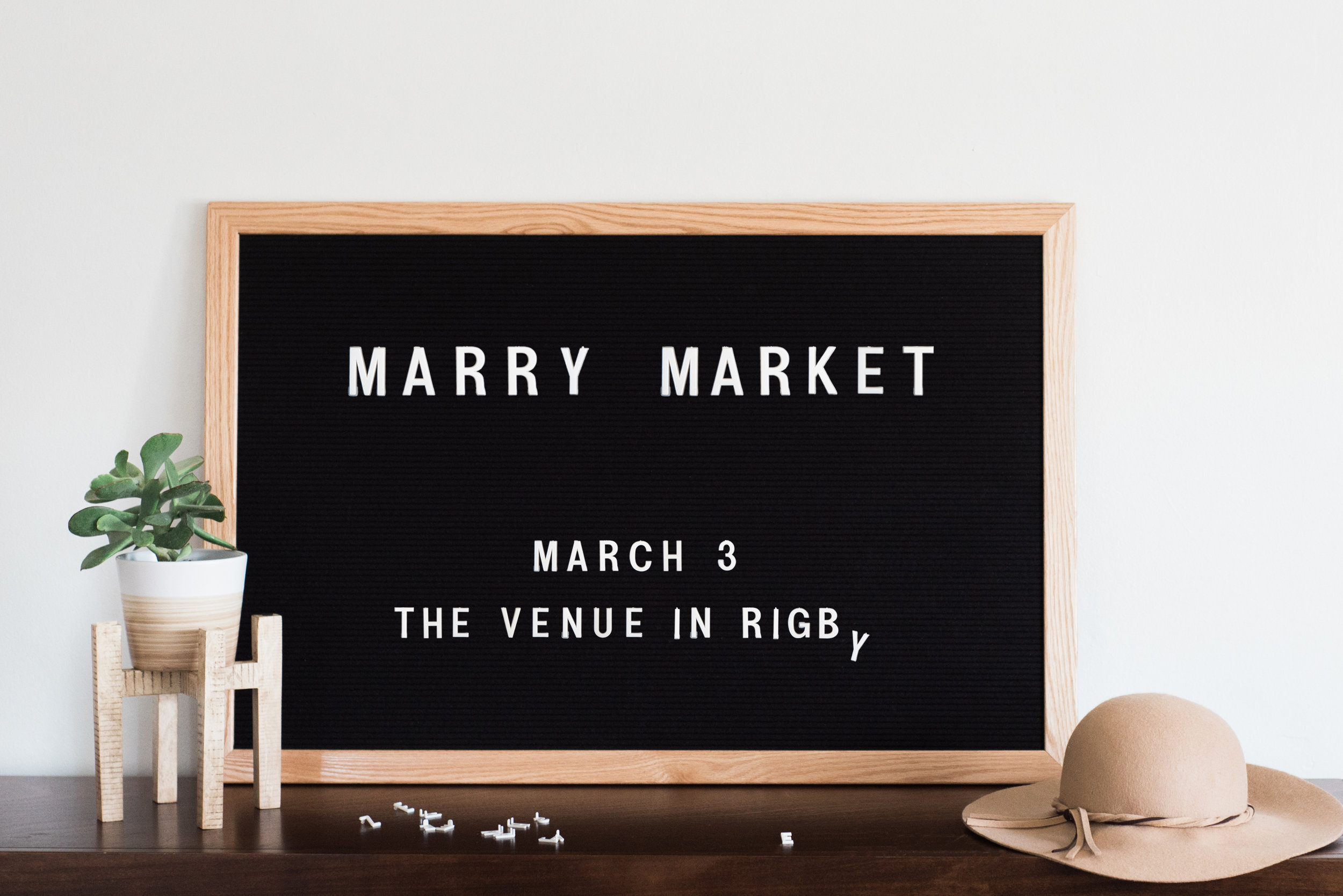MARRY MARKET LETTER BOARD.jpg