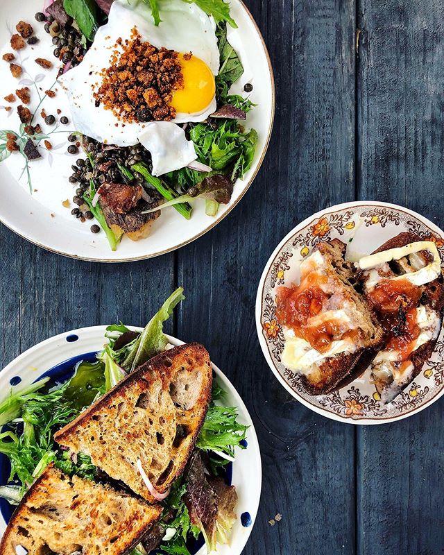 Breakfast moodboard via @bitterendsgarden 🌱🍳🥪🥗☀️ . . . Feat. 👉🏼 breakfast salad, roasted veg + goat cheese sammie, and rhubarb + brie toast 🤗