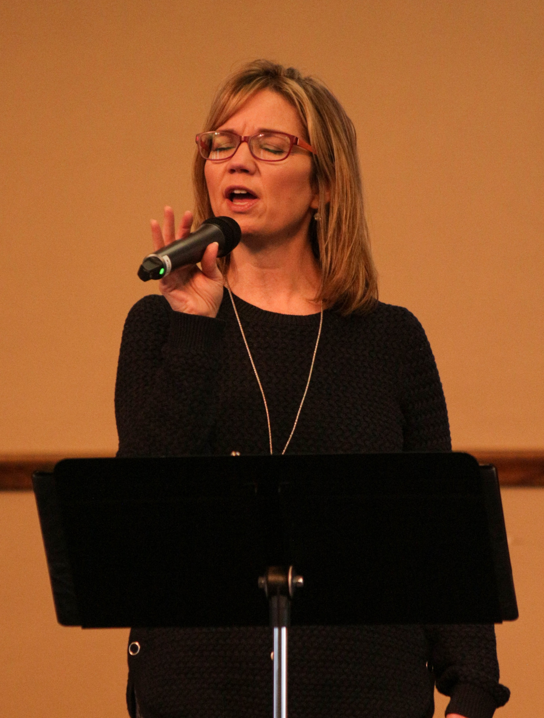 Brenda Roman sings at Dutilh's 9:30 a.m. service.   Photo courtesy of Sam Hogue.
