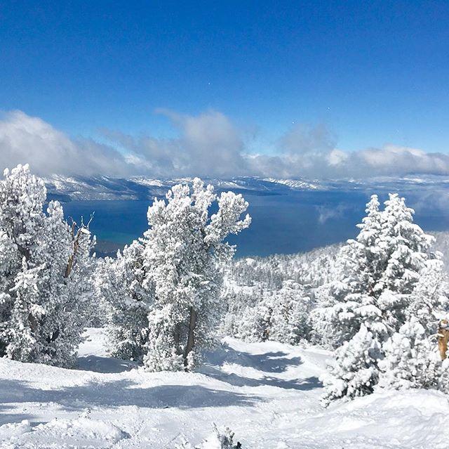 Heavenly Day#snowday #mountain #skiing #powder #freshair ##naturallight #photographer