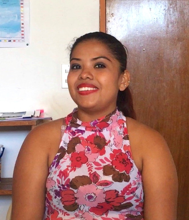 Elizabeth Centeno Rojas speaking on her experience at Transforma.  Screenshot by Ryan Miller