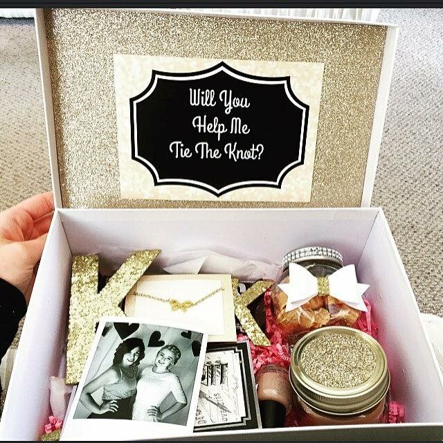 bridesmaid-box-with-personal-picture