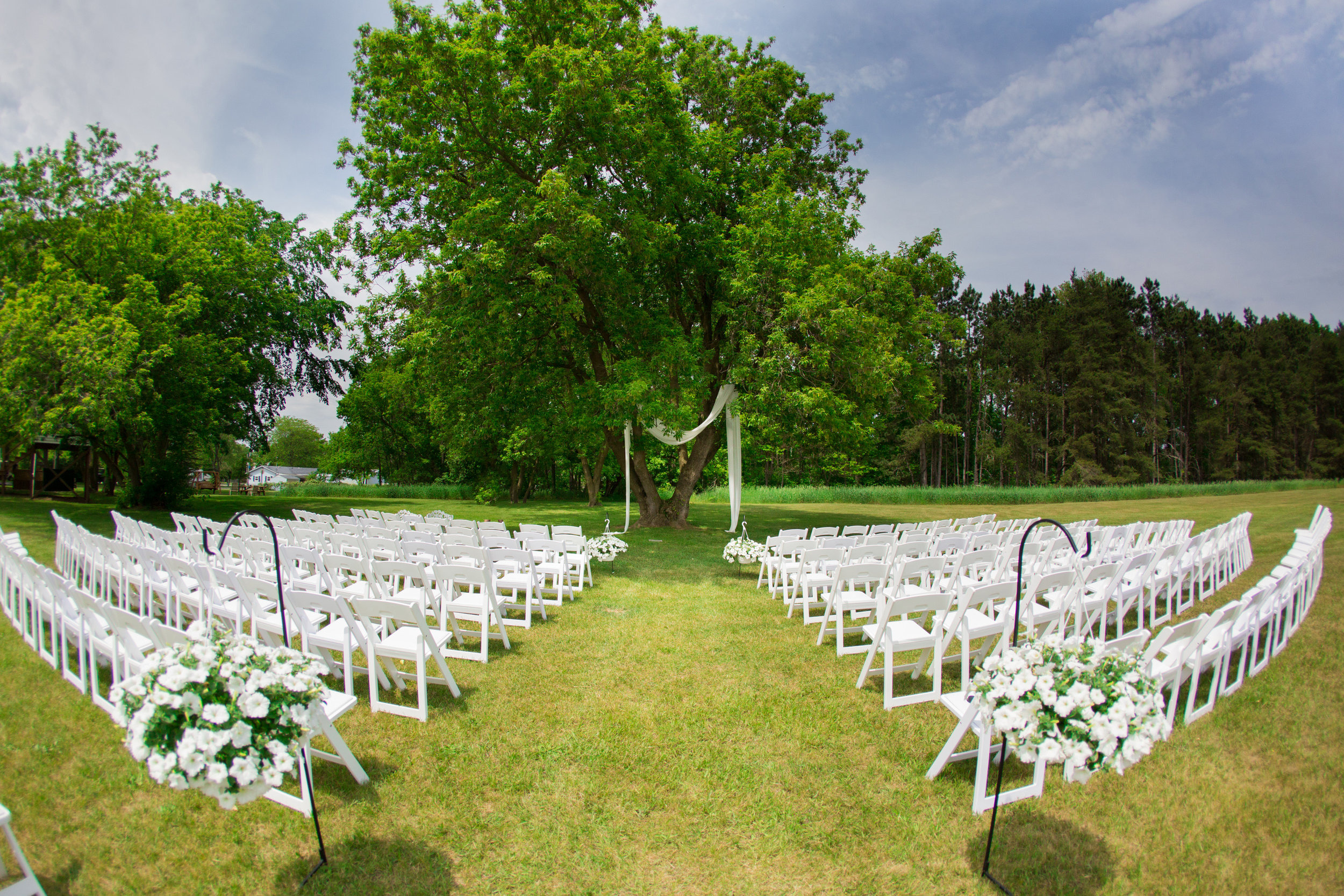 photo of bride and grooms wedding venue during wedding pictures