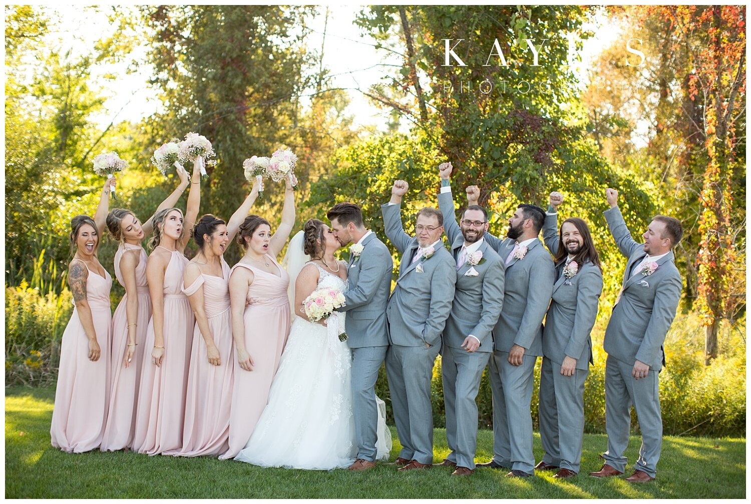 bridal party at captain's club in Grand blanc, michigan