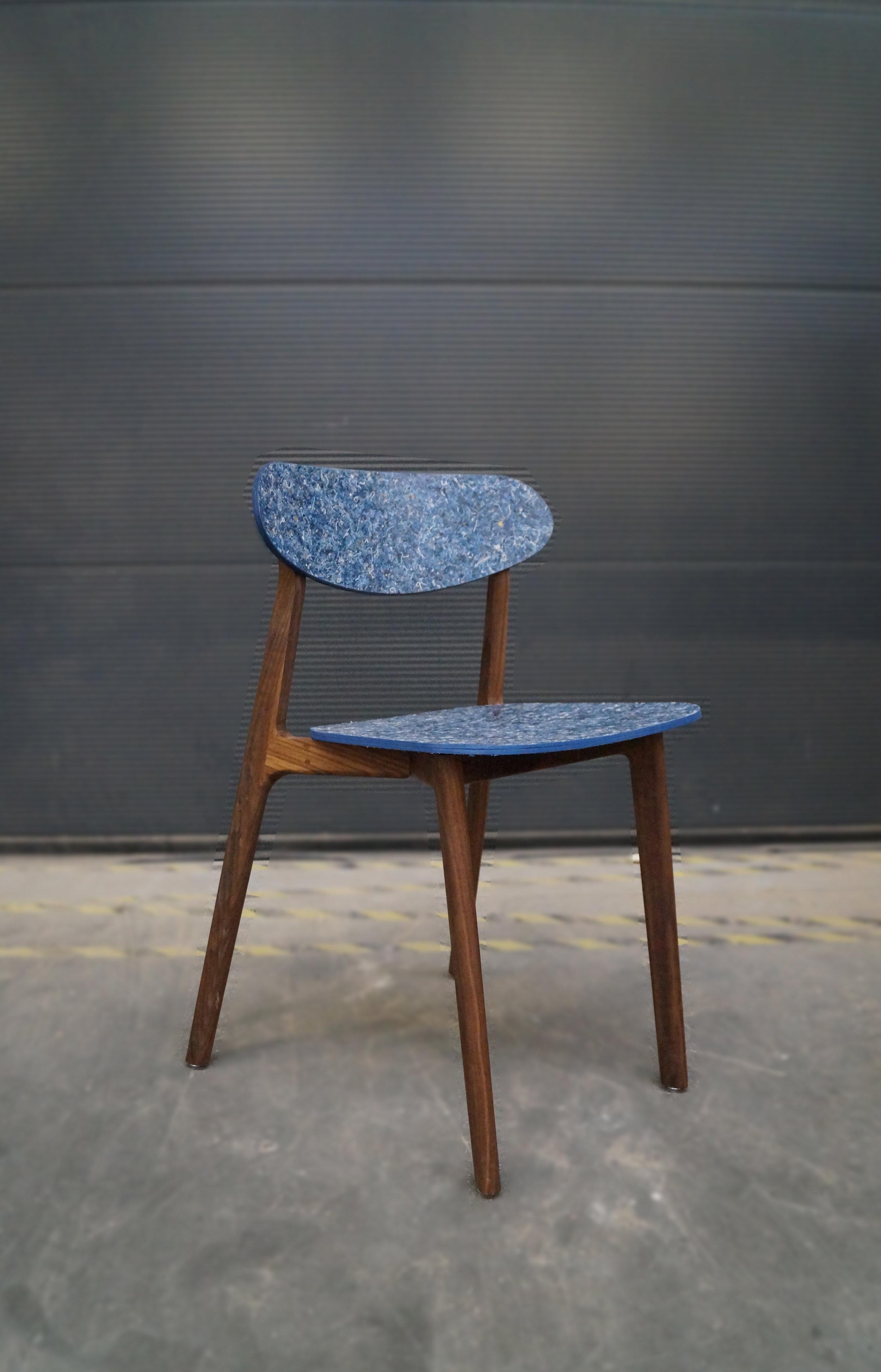Ubu_Chair_Iso_10.jpg