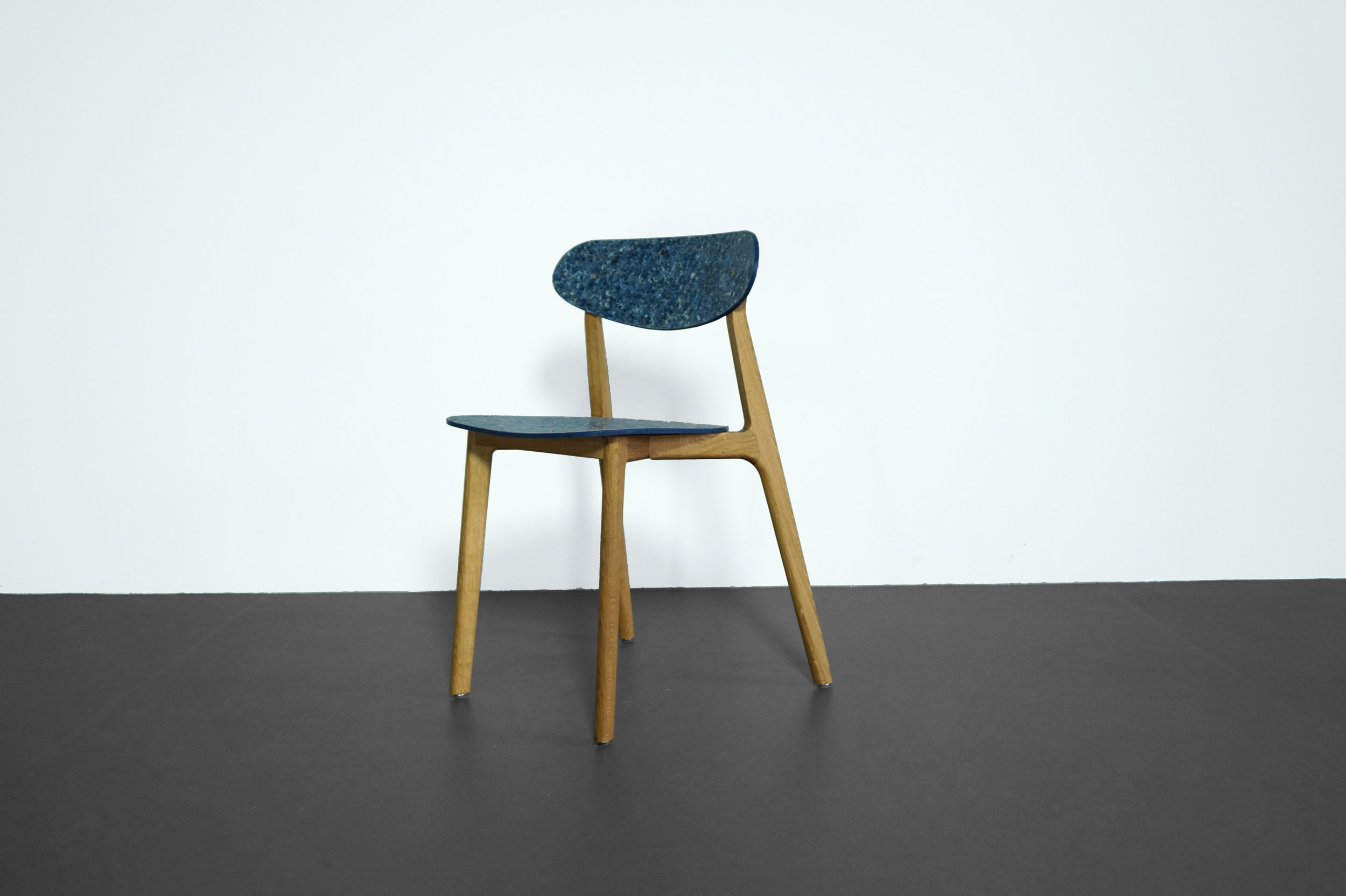 Ubu_Chair_Denim_01.JPG