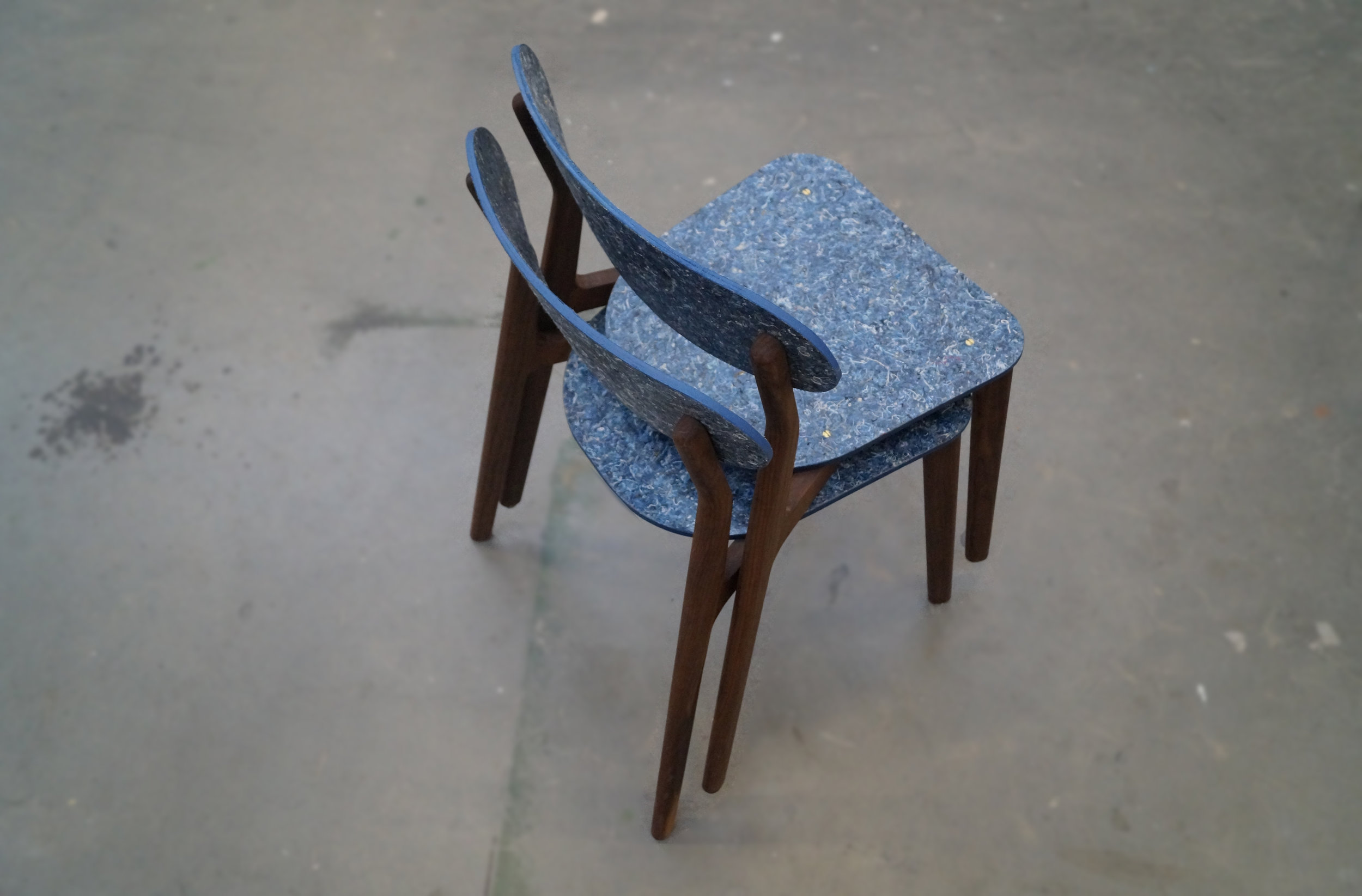 Ubu_Chair_Iso_Stacked_03.jpg