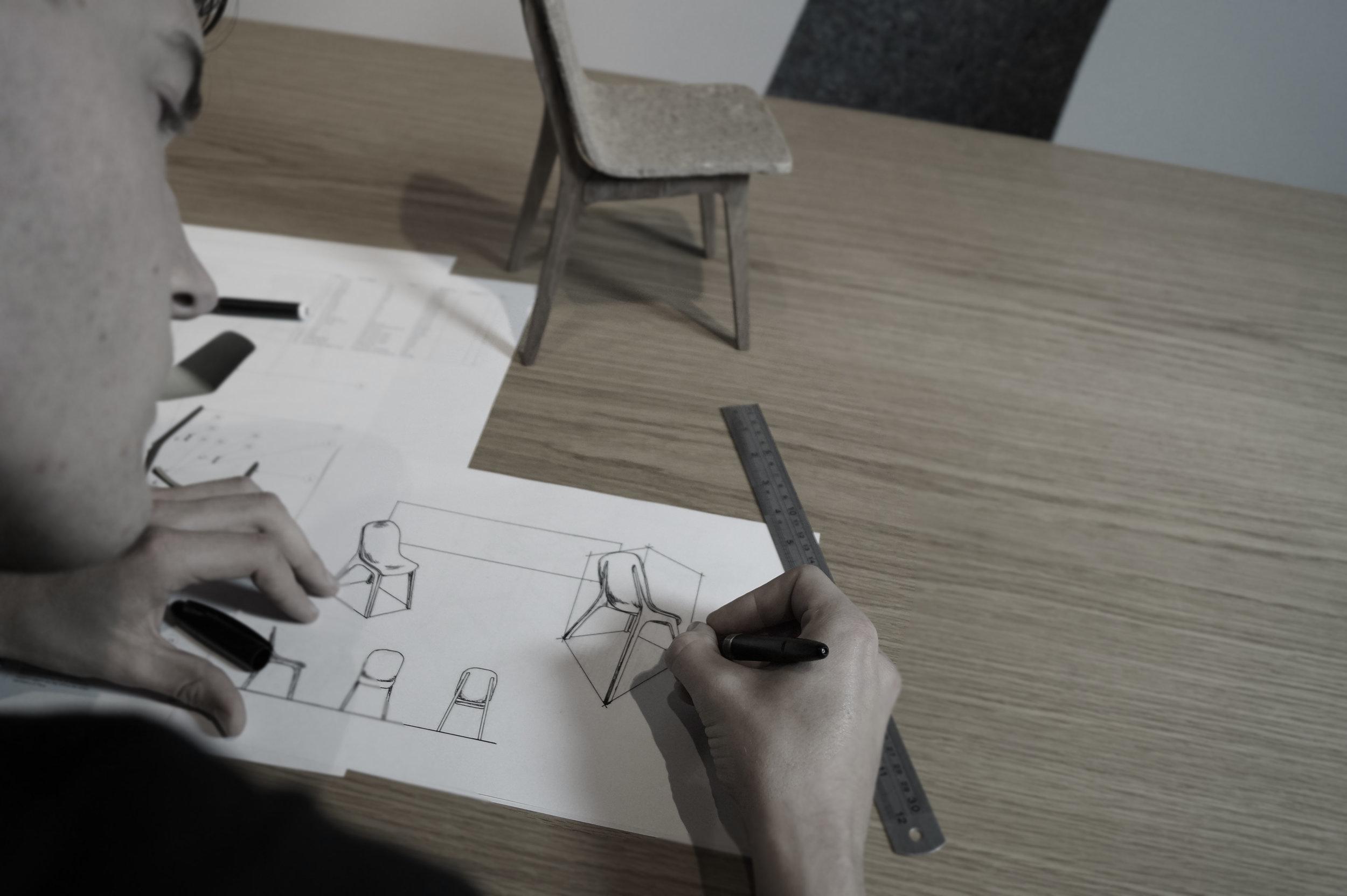 Sketching_Black_White_Anton.jpg
