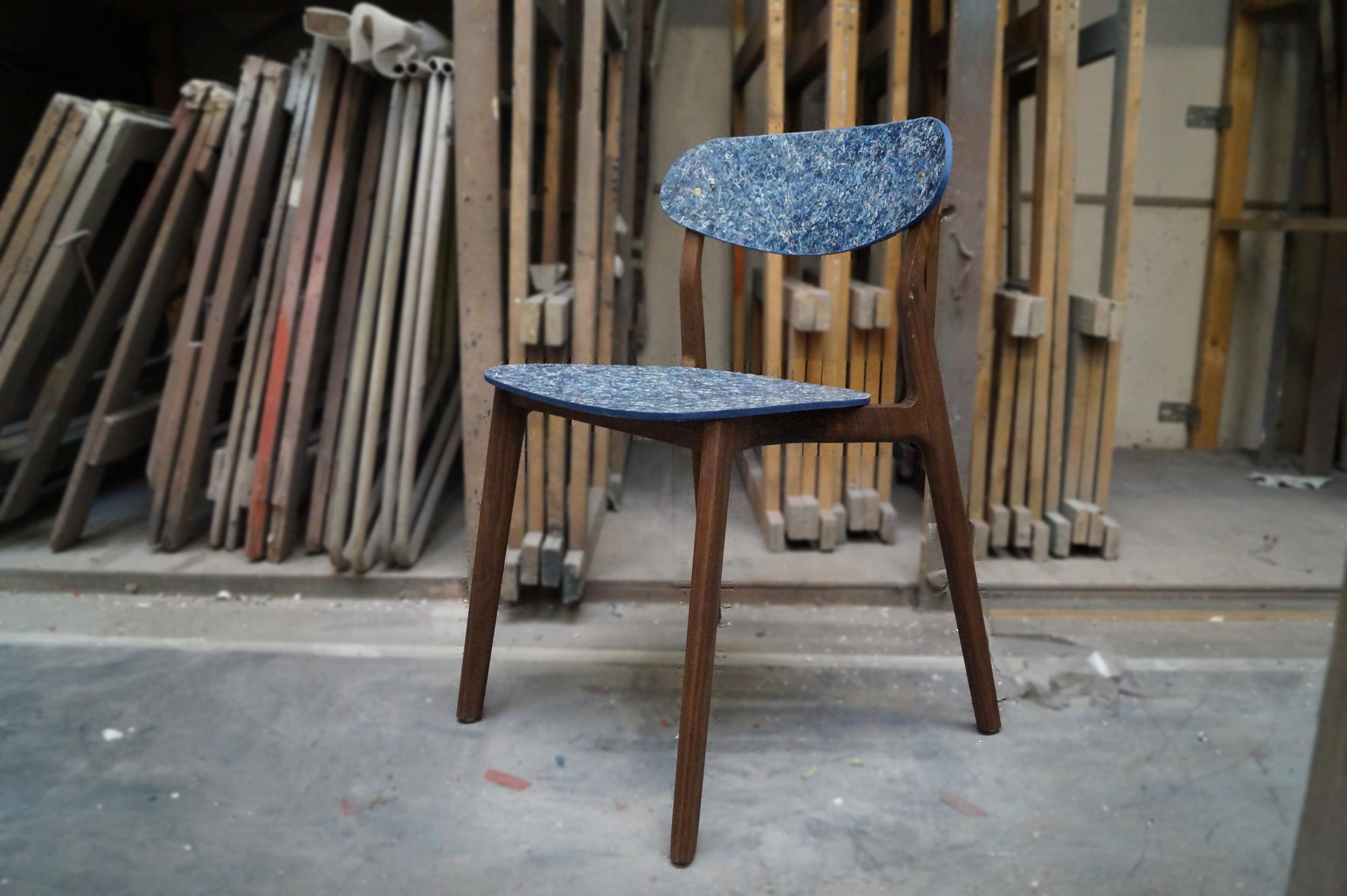 Ubu_Chair_Iso_circulair.jpg