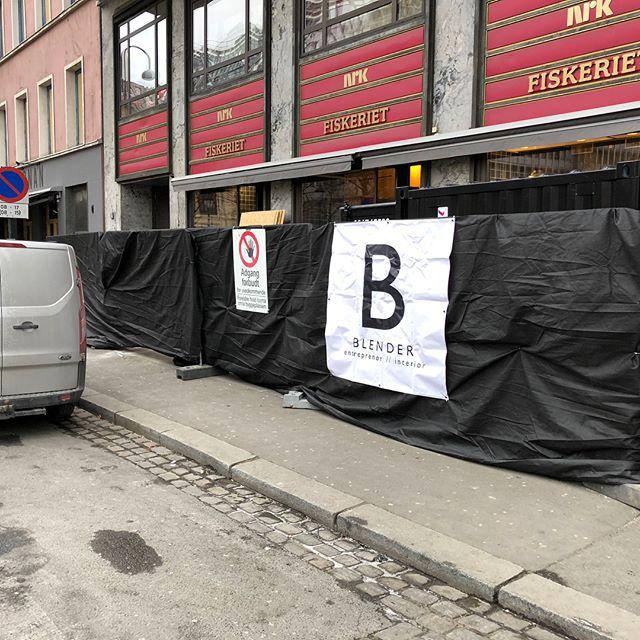 Demolition time!💪🏼 vi holder på med flere nye spennende prosjekter i Oslo området - næring og private. BlenderGruppen vokser og vi er klare for mer og større utfordringer!! #blenderentreprenor #projectbyblender #blendergruppen #interior #arkitekt #bygg #oslo #butikk #fisk #mat #hms #entreprenør #demolition