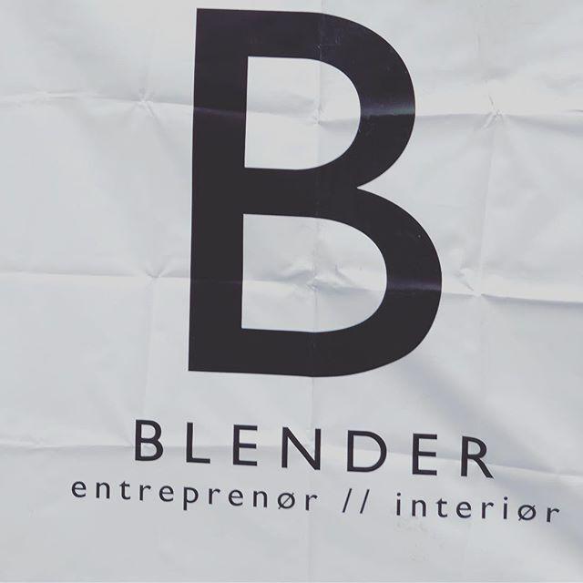 Blendergruppen har fått felles Instagramkonto @blendergruppen . Klikk inn på den nye siden for å følge prosjektene våre videre. #projectbyblender