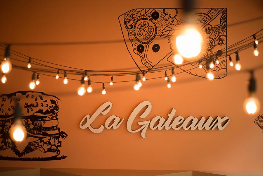 LA GATEAUX CAKE SHOP ./