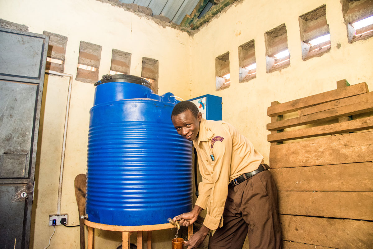 Impact-Water-Kenya-Getting-Water.jpg