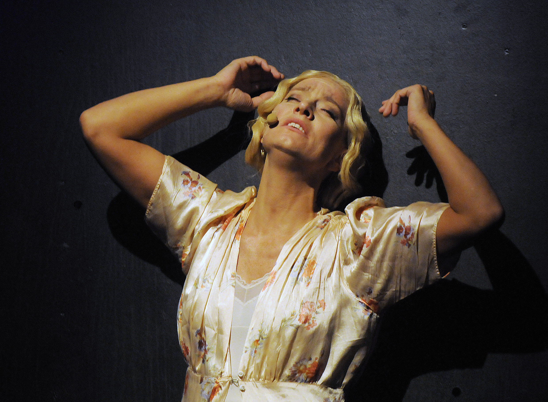 Nina Bendiksen. Southbound (Sørover) 2011