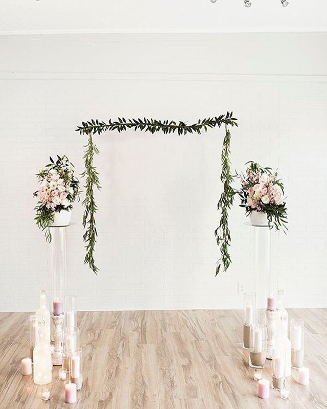 This backdrop though 👌🏼 💕 We loved partnering with @sageandthistleevents & featured on @utahvalleybride 💕Check out the other fab vendors below • • • Paper: @honeybpaperco Photo:@elishabraithwaite Floral: @peaches_and_peonies Gowns: @Saphiablue Suit: @truegentlemansupplyco HMUA: @kalichris.hma Cake: @bakemeakake Studio: @ecd.studio Model: @morgsgalbraith • • • #CustomInvitations#WeddingInspiration#Bride#WeddingInvitation#BridalInspiration#PaperLove#Weddingideas#PaperGoods#stylemepretty#inspiredbythis#weddingstationery#weddingseason#weddingplanning#theknot#Details#thatsdarling#makemoments#weddinginspo#SoLoverly#weddingvenue#whitewedding#sochic#utahbride#bridetobe#weddinginvitations#paperdesigner#utahvalleybride#etheral