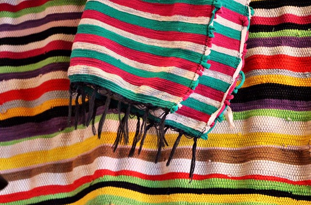 Ashanti Design African Fabric.jpg