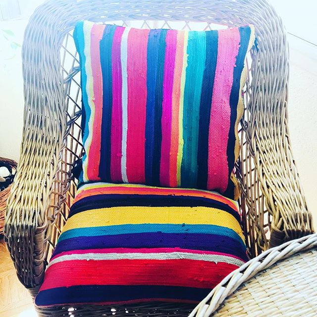 #upcycled#lifestyle #unique#ashanti#pillows#chair#design#africafrolic.com