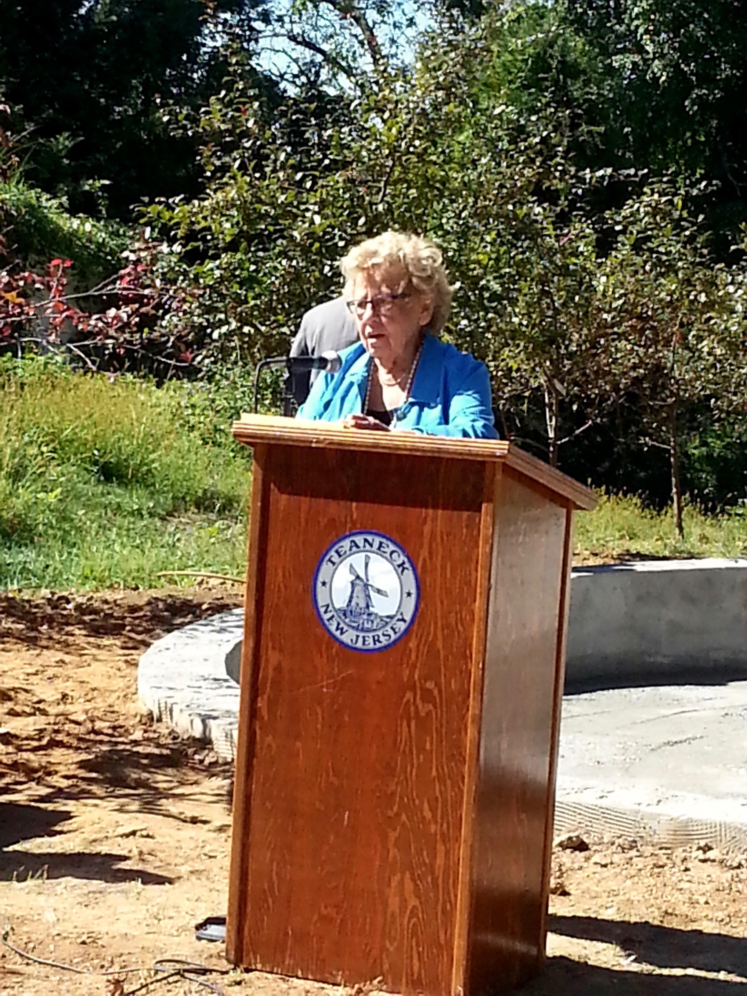 Senator Loretta Weinberg speaking of Mary.