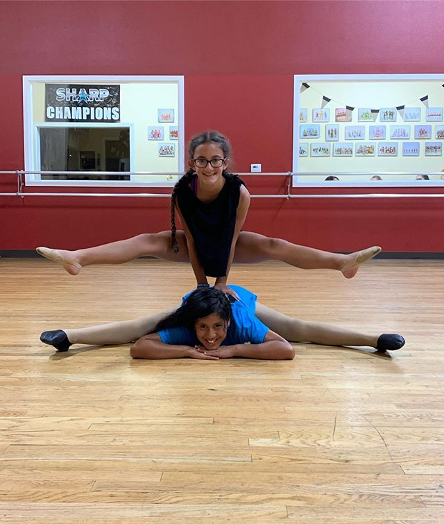 Wacky Wednesday 🤪 these 2 are always doing something weird 🤣 dance is WAY better with your besties 👯 💗 #stretch #jazz #split #stradle