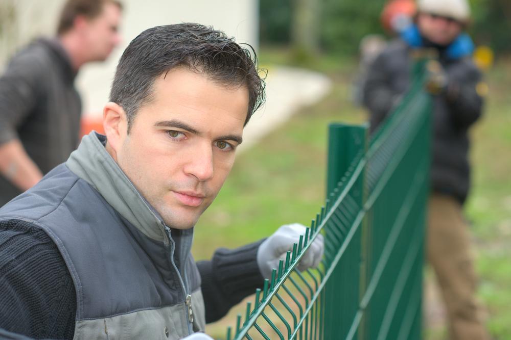 fenceinstallation.jpg