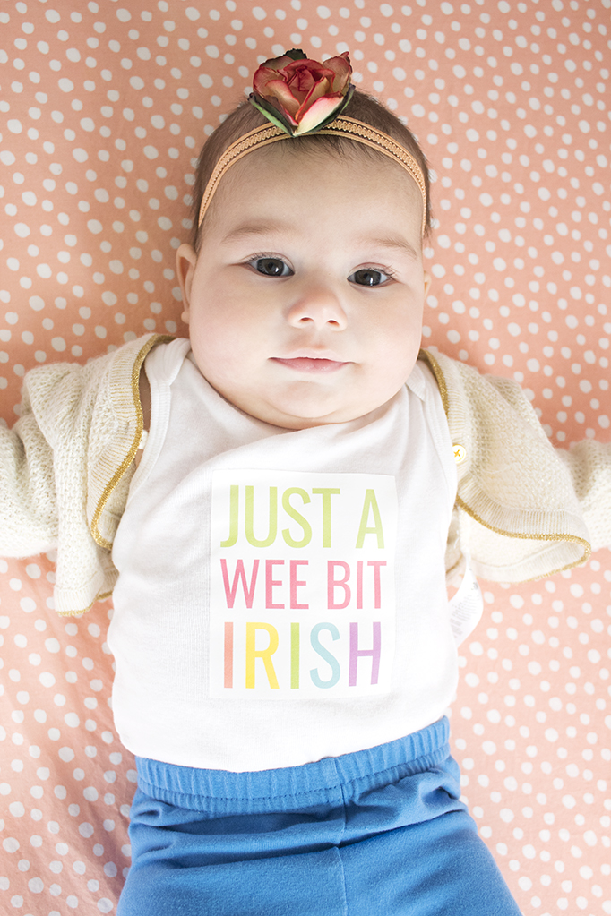 Looking for an easy St. Patrick's Day craft for your baby or toddler? How about a free St. Patrick's Day printable?! Get your for free now! #stpatricksday #freeprintable #ironon