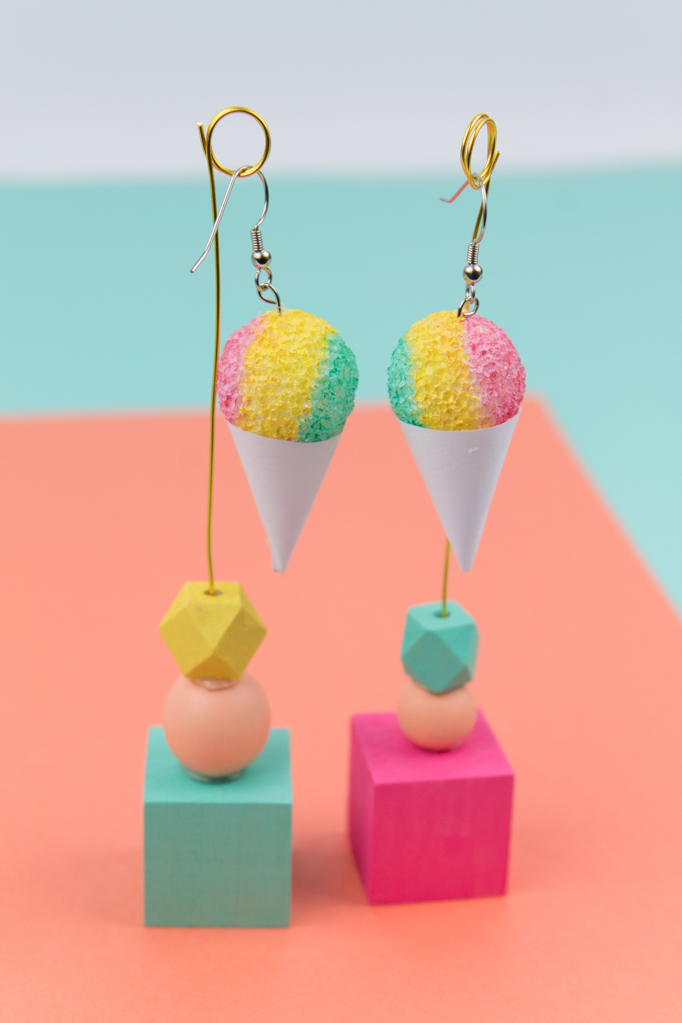 Now that I've officially switched over to my summer wardrobe, I'm looking for some fun accessories that can spice up my outfits. I find that a lot of times I wear the same outfit over and over, but I love to switch out my accessories in between. These snow cone earrings are my new faves, and they're so easy to make! #summercrafts #snowconewrapper #icecream