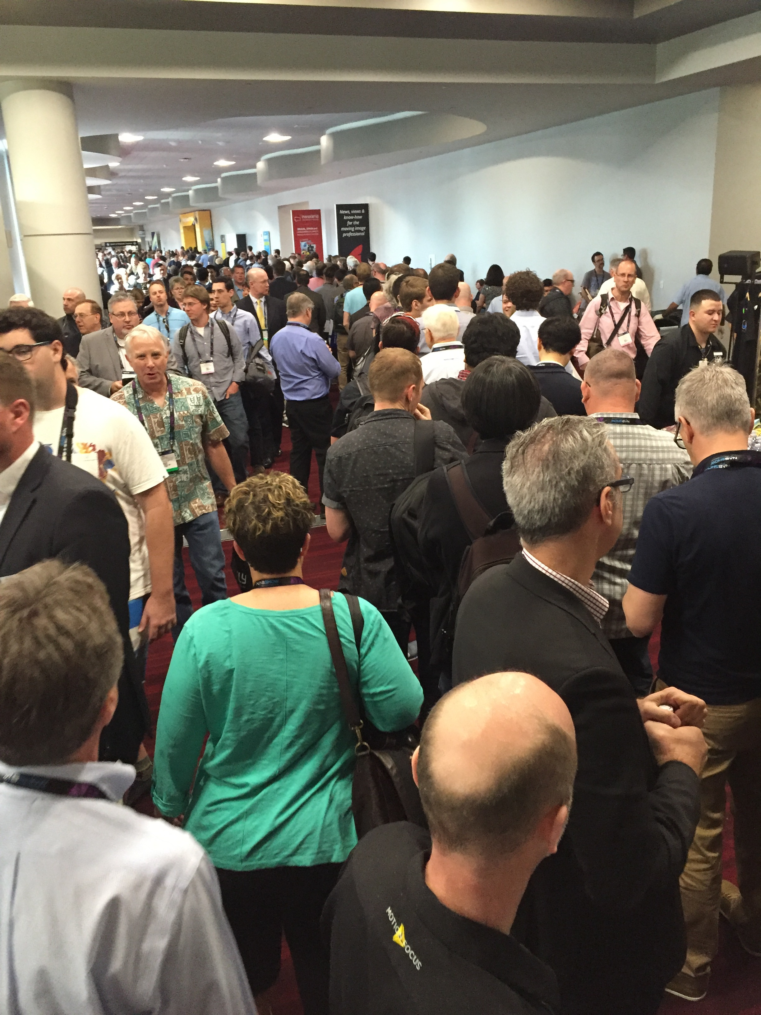 20 minutes before the Lytro session and this was the line in front of me.