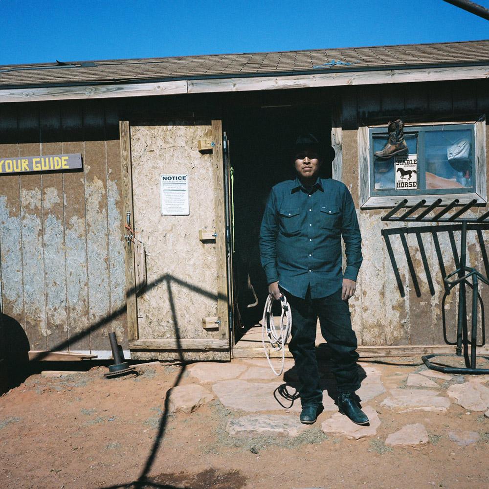 portrait-photography-documentary-travel-bernadette-photo-02.jpg