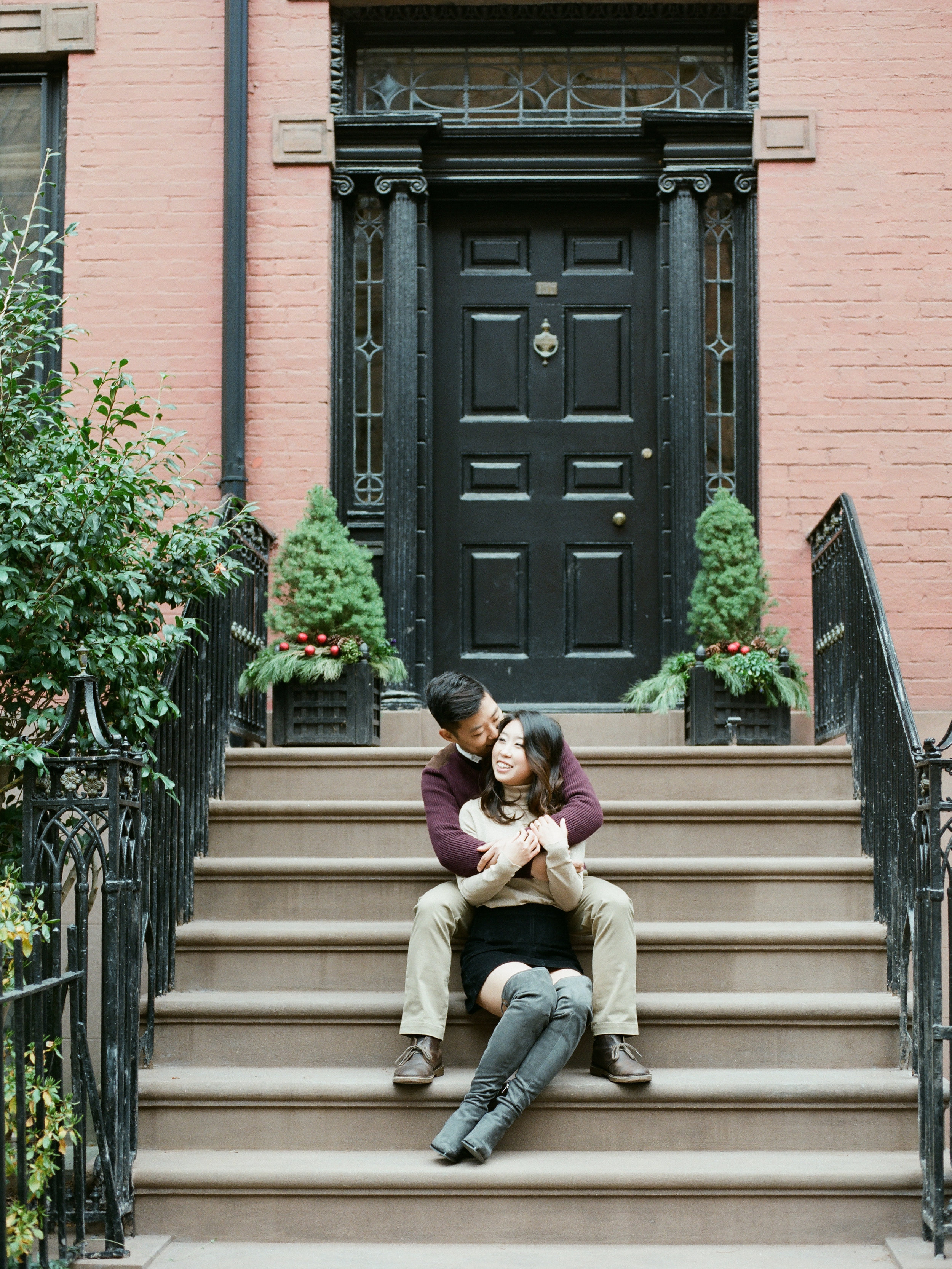 brooklyn-dumbo-new-york-engagement-photos-pictures-46.jpg