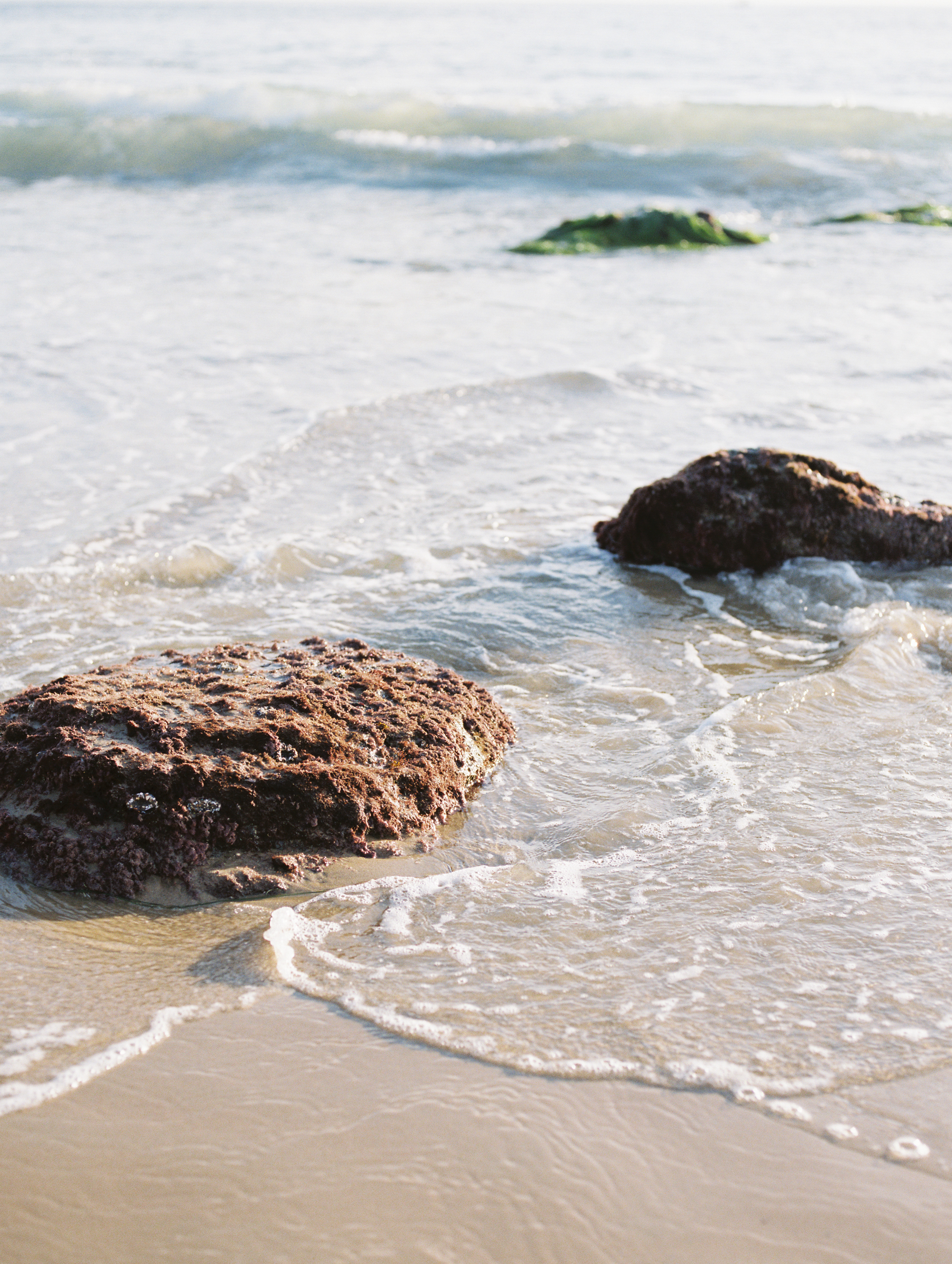 laguna-beach-orange-county-los-angeles-california-engagement-photos-pictures-037.jpg