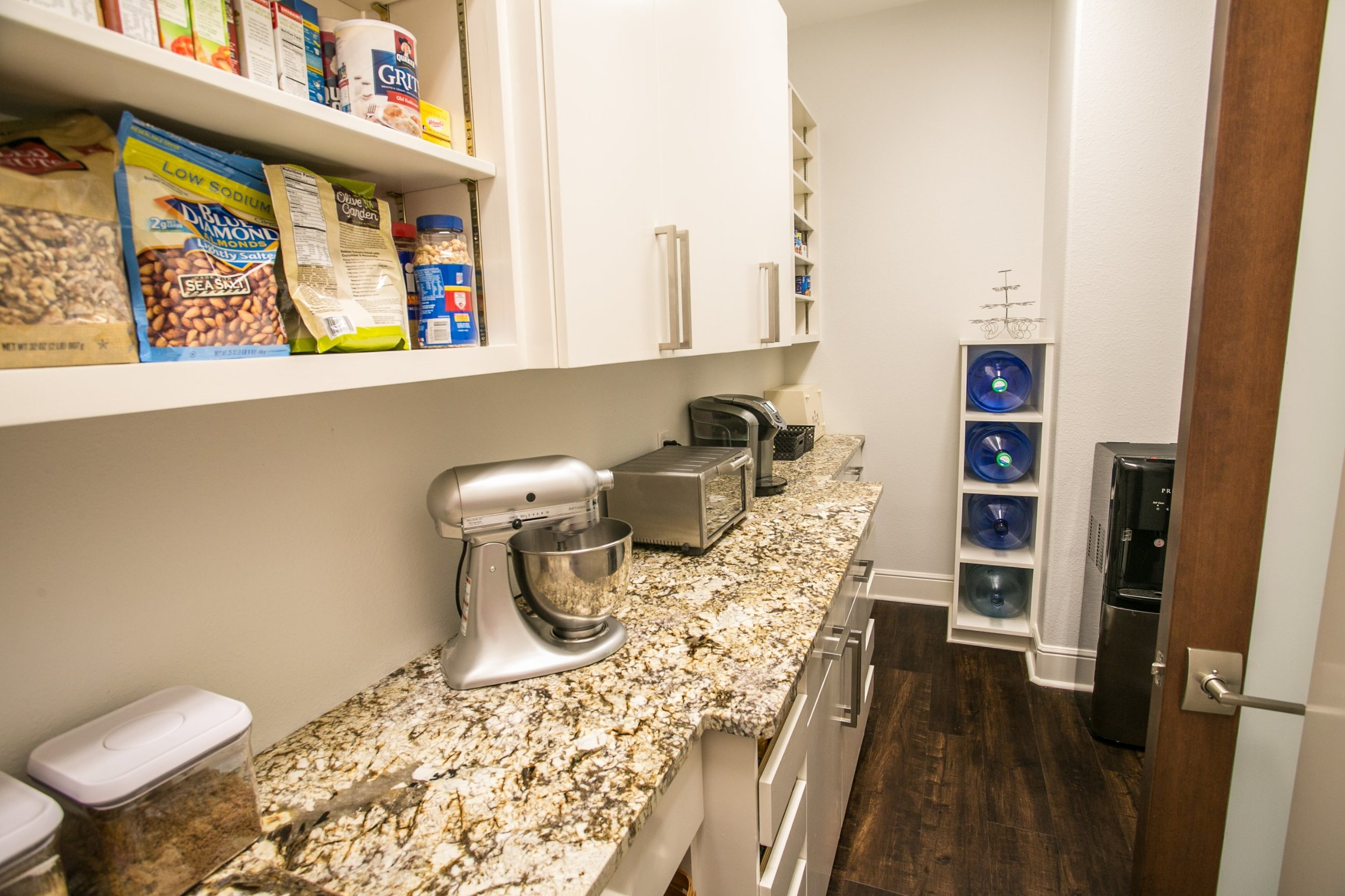 lots of pantry storage space - modern kitchen by Ambiance Interior Designer