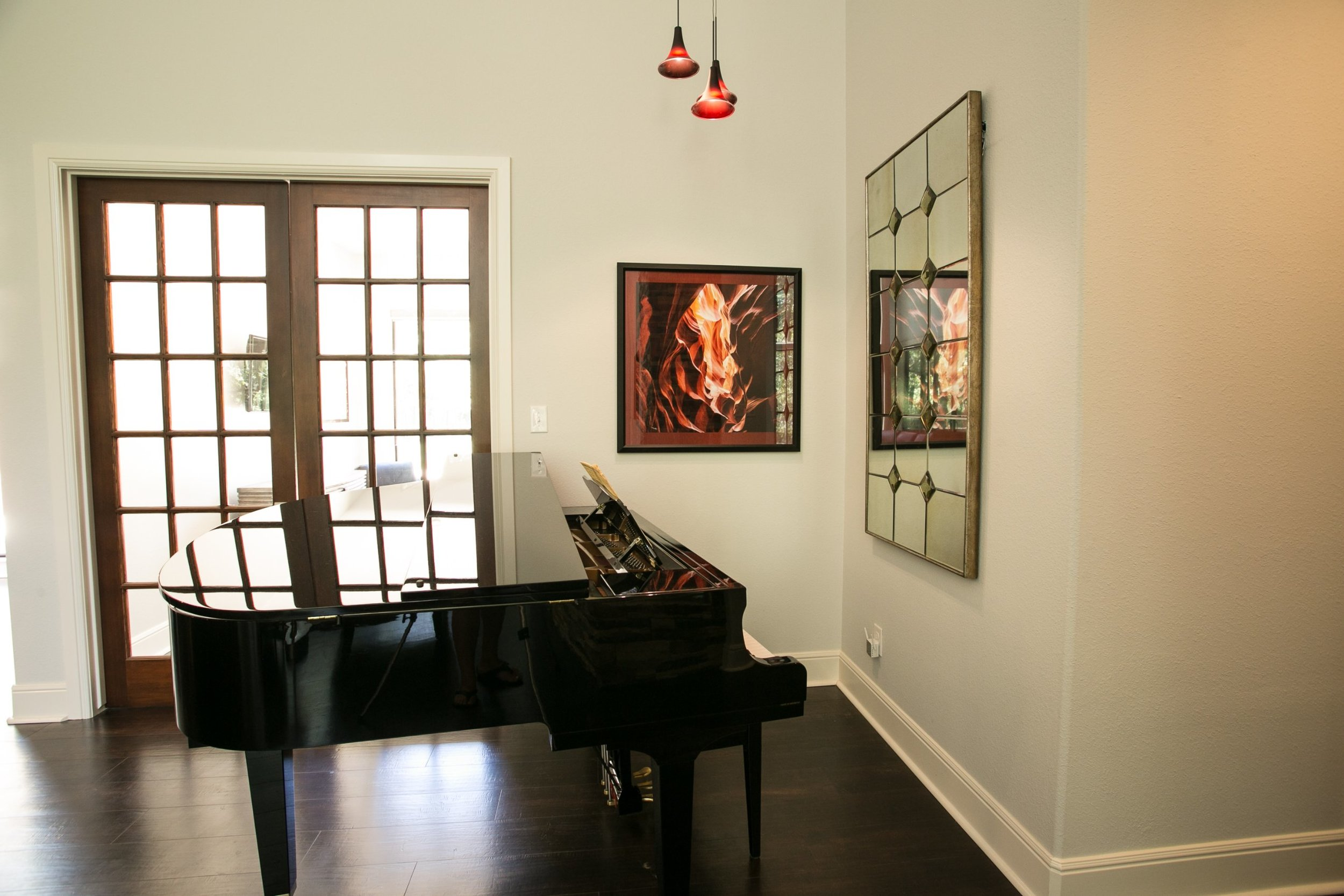 jillornelas.com/grand-piano-nacogdoches.jpg
