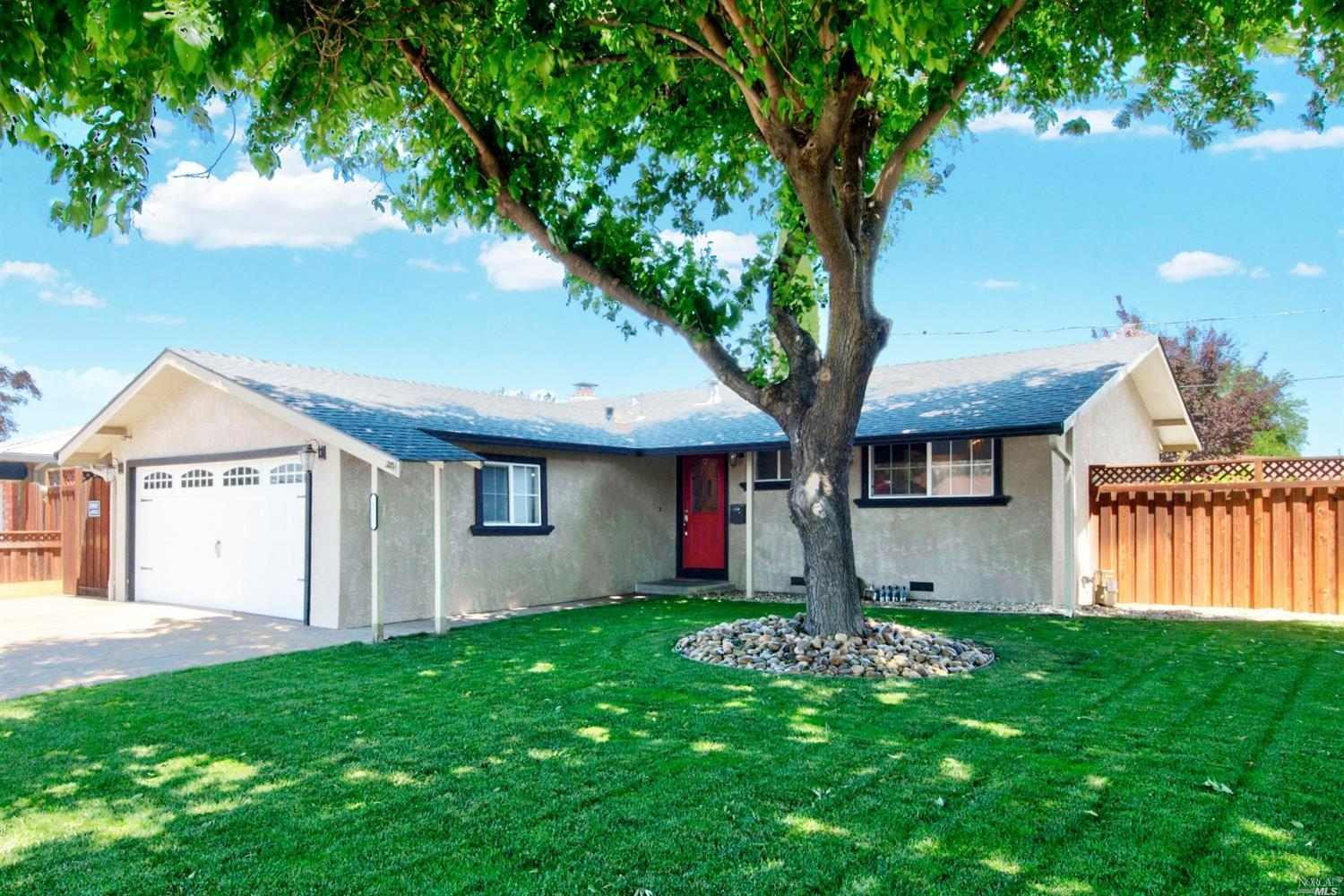 112 Tahoe Dr., Vacaville*