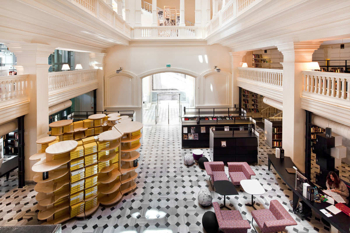 Category interior design: SALT Research Center